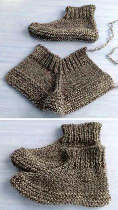 Knitting Patterns Free, Knit Patterns, Free Knitting, Crochet Baby Poncho, Crochet Yarn, Crochet Shoes, Knit Slippers Free Pattern, Knitted Slippers, Knitting Socks