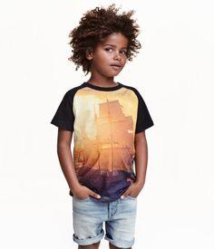 T-Shirt mit Print | Schwarz/Schiff | Kinder | H&M DE