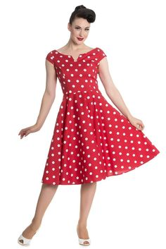 Nicky Polkadot Swing Dress in Red and White 50s Dresses, Pretty Dresses, Dresses Online, Vintage Dresses, Swing Skirt, Retro Dress, Elegant, African Fashion, Women's Fashion
