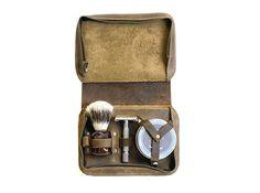 Men's Shaving Case  Wet Shaving Toiletry Set  by DivinaDenuevo
