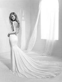 Mermaid wedding dress with transparencies