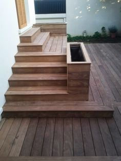 15 ideas for outdoor patio steps garden stairs Patio Planters, Backyard Patio, Backyard Landscaping, Diy Patio, Patio Steps, Wooden Terrace, Wooden Decks, Outdoor Stair Railing, Cheap Patio Furniture