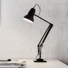 Patented in 1932 in Britain by George Carwardine these lamps are timeless. Original 1227 Desk Lamp | Anglepoise