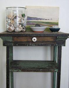 Simple seashell vignette - love the vintage art