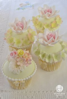 Keepsake corsage and roses - by Hilary Rose Cupcakes @ CakesDecor.com - cake decorating website