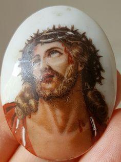 Vintage French Limonges Jesus Christ Cabochon Porcelain Face of Christ Crown of…