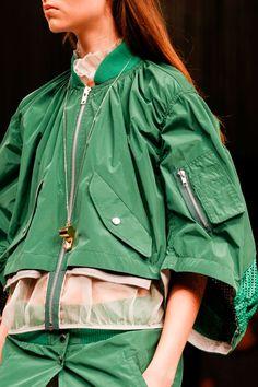 さ ま- sport fashion, high fashion, womens fashion, fashion details, fash Fashion Details, Look Fashion, High Fashion, Fashion Design, Couture Fashion, Runway Fashion, Fashion Trends, Elisa Cavaletti, Sport Fashion
