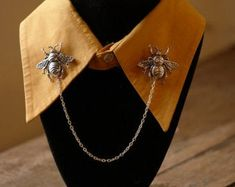 Jewelry   Etsy Look Vintage, Vintage Stil, Collar Chain, Collar Clips, Skull Hand, Geek Gifts, Boho Hippie, Or Antique, Silver Color