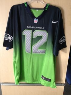 Seahawks jersey size XL for Sale in Sumner ab1ce7573
