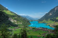 Lake Brienz | Another frame of Lake Brienz, Switzerland. | By: Russmosis | Flickr - Photo Sharing!