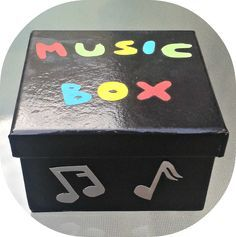 Music Box - Un recurso genial para llevar a todas partes :) English Games, English Activities, English Fun, Music Activities, English Lessons, Classroom Activities, Activities For Kids, English Class, English Teaching Materials