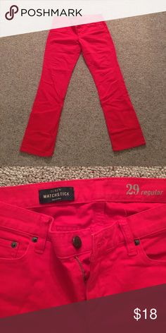 J. Crew true red matchstick pants 29 8 In great preowned condition. Size 29 or 8. True red. Beautiful matchstick style from J. Crew! Nonsmoking home. Please feel free to make bundles and offers (I would take $15).  THANKS FOR LOOKING! 💐🌺🌹🌺💐 J. Crew Pants