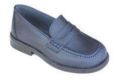 Mocasín de piel para niño, clásico y elegante, para los más conservadores. Roly Poly Shoes & Boots.