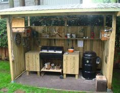 Amazing Shed Plans - Chez le père Michel: Fatty, pour un dimanche de fête des Pères Now You Can Build ANY Shed In A Weekend Even If You've Zero Woodworking Experience! Start building amazing sheds the easier way with a collection of shed plans! Bbq Shed, Grill Station, Built In Grill, Building A Shed, Outdoor Kitchen Design, Simple Outdoor Kitchen, Outdoor Kitchens, Shed Plans, Teds Woodworking