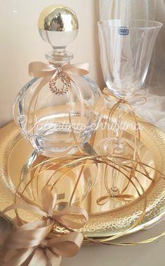 Wedding Sets, Our Wedding, Church Flowers, Wedding Glasses, Weeding, Wedding Decorations, Perfume Bottles, Diy, Wedding
