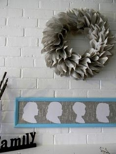 In love with this wreath too!