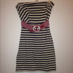 Nautical bodycon dress Fits small-medium, worn only a few times, comes to about the knee. Will model on request! Bundles, selective trades, & negotiable prices  Dresses