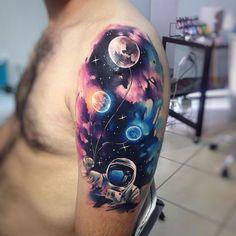 Astron AB (en base a idea de ilustración encontrada en internet) #tattoo #tatuaje #astronaut #galaxy #space #galaxia #star #planet #planetas #universo #globos #astronauta