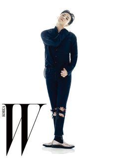 big-bang-g-dragon-w-korea-magazine-october-2015-photoshoot-giuseppe-zanotti.png (460×655)