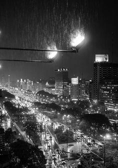 noche de lluvia en Buenos Aires
