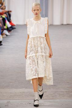 2017春夏プレタポルテ - パリコレクション - ヴェロニク・ブランキーノ(VERONIQUE BRANQUINHO) ランウェイ|コレクション(ファッションショー)|VOGUE JAPAN
