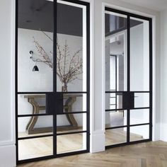 Do you like to keep your rooms separate but enjoy knowing what is going on in your home? We do too and love these tall, glass doors. They create the perfect view from any angle and with just a few spritzes of our Premium Glass Polish, you are done. Picture perfect. @dactylion_design