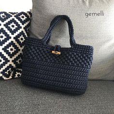 - Her Crochet - Diy Crafts - Qoster - Diy Crafts - Qoster Crochet Wallet, Free Crochet Bag, Crochet Clutch, Crochet Handbags, Crochet Purses, Crochet Bags, Crochet Star Stitch, Diy Crafts Crochet, Diy Tote Bag