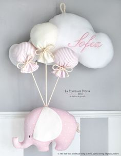 1 million+ Stunning Free Images to Use Anywhere Baby Party, Baby Shower Parties, Baby Boy Shower, Baby Crafts, Felt Crafts, Diy And Crafts, Baby Mobile, Felt Garland, Baby Sewing Projects