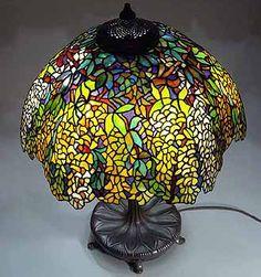 Design of Tiffany-Studios New York Tiffany lamp shade LABURNUM #1539