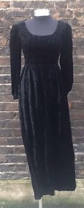 Vintage Late 1960/Early '70s Black Velvet Long Sleeved Maxi Dress UK 8/10