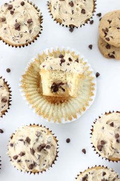 Chocolate Chip Cookie Cupcakes with Cookie Dough Frosting ☆