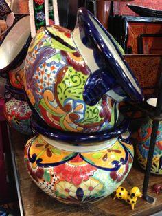 Talavera extra large flower pots $125.00 usd. Mecetones en colores vibrantes, Talavera de Guanajuato.
