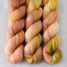 https://www.missbabs.com/collections/hand-dyed-yarns/products/3ply-peachblossom