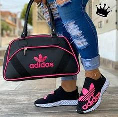 Cute Nike Shoes, Cute Nikes, Pumas Shoes, Shoes Heels Boots, Shoes Sneakers, Sneakers Fashion, Fashion Shoes, Fashion Clothes, Puma Shoes Women