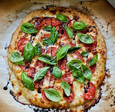 5 Creative Ways Around Caprese: Tomato Basil Caprese Pizza