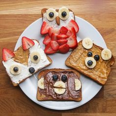 Animal toast four ways kids meals, kid foods, kids fun foods, heathly snacks Cute Food, Good Food, Yummy Food, Cute Snacks, Kid Snacks, School Snacks, Party Snacks, Breakfast For Kids, Breakfast Recipes