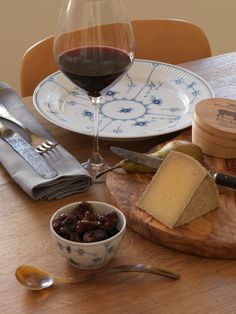 Royal Copenhagen Blue Fluted Plain Wine & Cheese in the Catalogue 2013