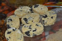 Welcome to Mely's kitchen...the place of glorious and healthy foods: Cookies N' Cream Polvoron