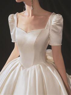 Formal Dress Patterns, Baby Girl Dress Patterns, Wedding Dress Patterns, Iconic Dresses, Stunning Dresses, Sexy Dresses, Nice Dresses, Formal Dresses, Fancy Wedding Dresses