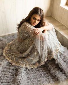 Hijab Wedding Dresses, Pakistani Dresses Casual, Pakistani Dress Design, Pakistani Suits, Indian Designer Outfits, Designer Dresses, Adriana Lima Lingerie, Hira Mani, Neck Designs For Suits