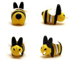 smorkin labbit series 3: bumblebee labbit - frank kozik x kidrobot, 2007