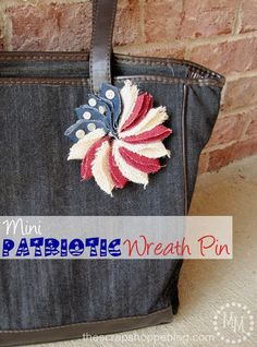 Easy DIY tutorial ideas for Patriotic Crafts and Projects for Memorial Day, Independence Day, and Veteran's Day!