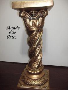 Coluna com 60 cm de altura ideal para suporte para outras peças em gesso, peças decorativas, vasos, etc...