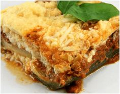 How to Make a Lasagna Using Zucchini Instead of Pasta. With the rising number of people trying to reduce or eliminate carbohydrates from their diet, more new low carb recipes are emerging. One way to have your lasagna and eat it too is to. Zone Recipes, Low Carb Recipes, Diet Recipes, Healthy Recipes, Recipies, Healthy Options, Pasta Recipes, Zone Diet, Zucchini Lasagna