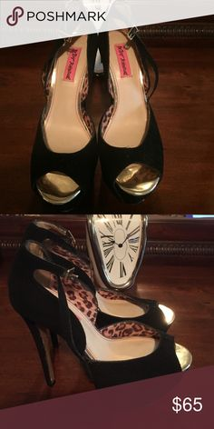 Beaty Johnson high heel Shoes High Heel shoes black suede gently used worn twice Betsey Johnson Shoes Heels