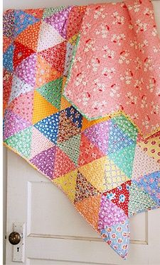 Triangles in BRIGHT 30'S colors. Do you love it??.