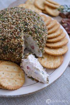 Bola de queso a la granada y nuez www.pizcadesabor.com