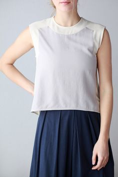 7115 by Szeki for Mavenhaus Collective || Color-blocked Cropped Tank