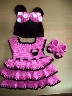 Hello Kitty Dress Hello Kitty Crochet Cat Dresses Crochet For Kids Crochet Baby Baby Staff Newborn Girls Crochet Fashion Doll Accessories Crochet Girls, Crochet Baby Clothes, Crochet Baby Shoes, Crochet For Kids, Knit Crochet, Hello Kitty Crochet, Hello Kitty Dress, Baby Knitting Patterns, Crochet Patterns