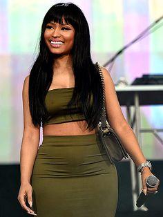 "Pin for Later: Nicki Minaj Calls Adele ""Mad Ratchet"" After Her ""Monster"" Rap Impression Nicki Minaj Outfits, Nicki Minaj Pictures, Rihanna, Beyonce, Nicki Minaj Body, Nicki Minaj Barbie, Nicki Minaj Wallpaper, American Music Awards, Lil Wayne"